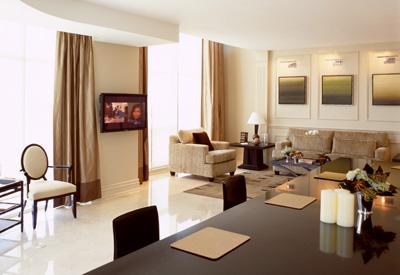 Toronto Luxury Hotel SoHo Metropolitan Met Boutique Penthouse Suite Presidential