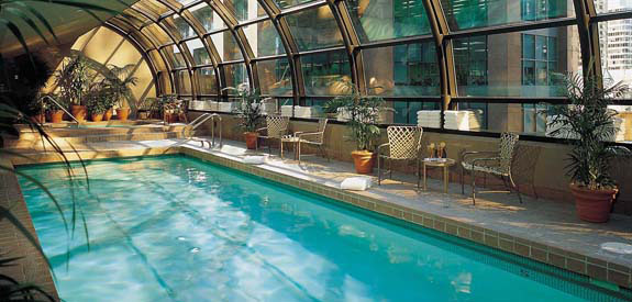 Vancouver luxury hotel vancouver hotel metropolitan hotel vancouver luxury hotel in downtown for Swimming pools downtown toronto
